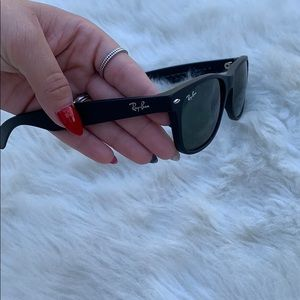 Ray Ban Sunglasses Matte Black New WayFarer Frames
